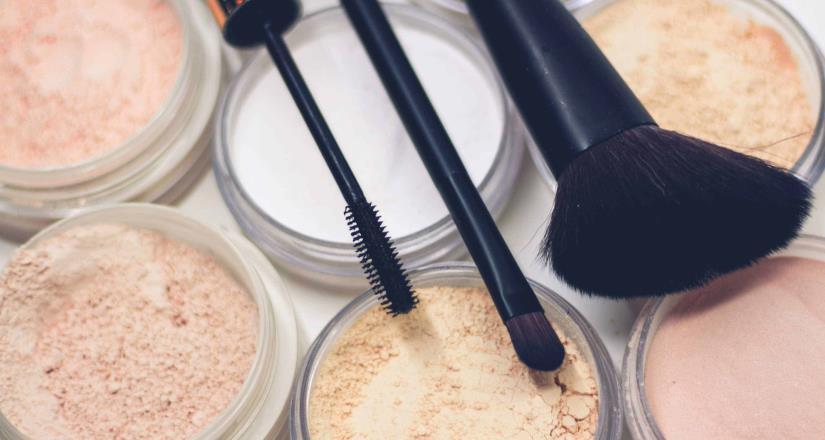 Cómo lavar correctamente las brochas de maquillaje