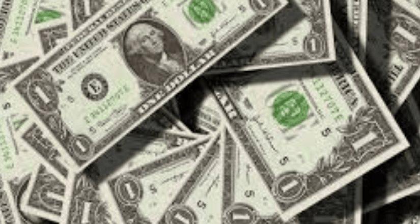 Dólar repunta 54 centavos; se vende en 24.63 pesos