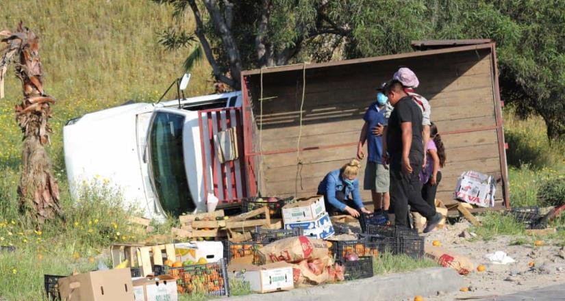 Accidente vehicular en vía rápida oriente; No hubo lesionados