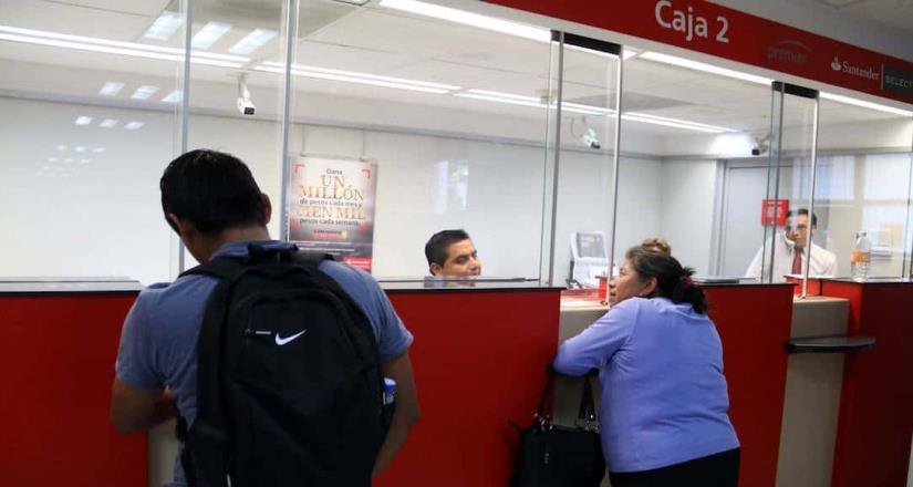 Clientes Santander reportar fallas con tarjetas en cajeros y en app
