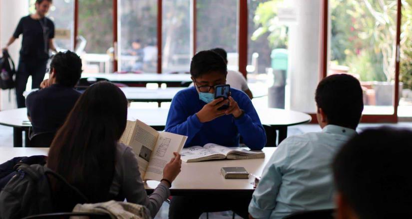 """Clases """"en línea"""": desigualdad educativa en México"""