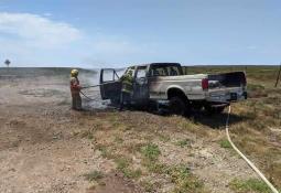 Sofocan incendio en Valle de las Palmas, Conafor y Bomberos de Tecate