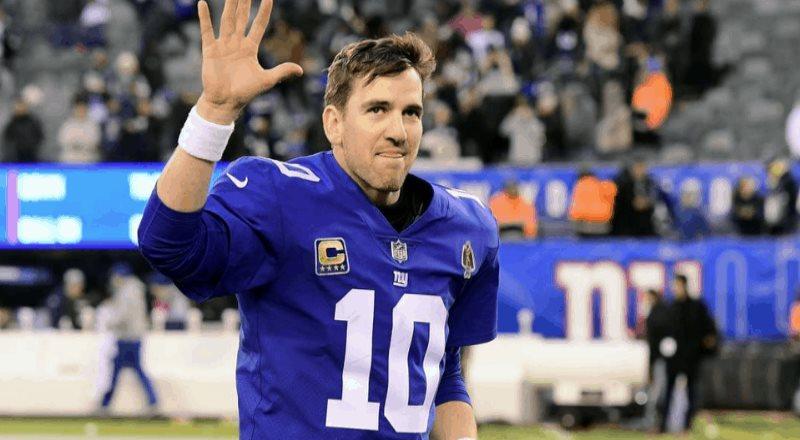 Tom Brady le da la bienvenida a Eli Manning en Twitter