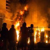 Protestas y saqueos en Minneapolis por el asesinato de George Floyd