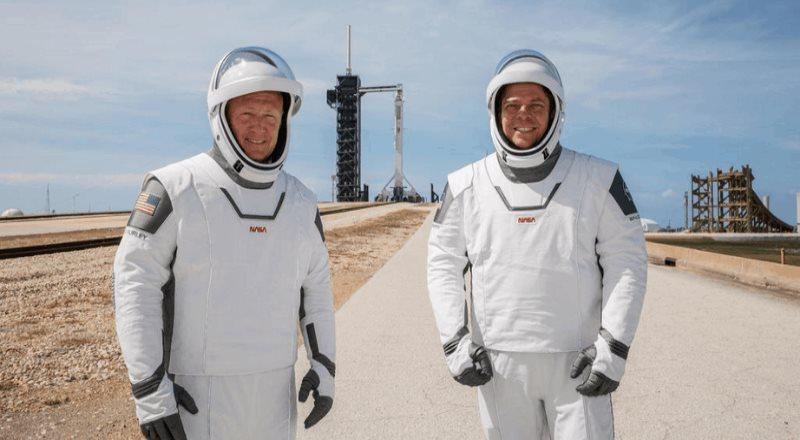 Mexicano diseña trajes para astronautas