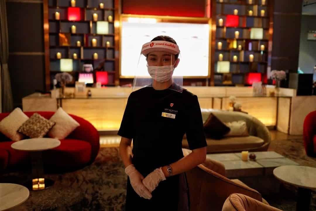 Bangkok abre sus cines y se adaptan a las normas sanitarias