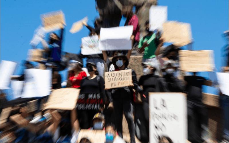 Manifestación en la Garita de San Ysidro