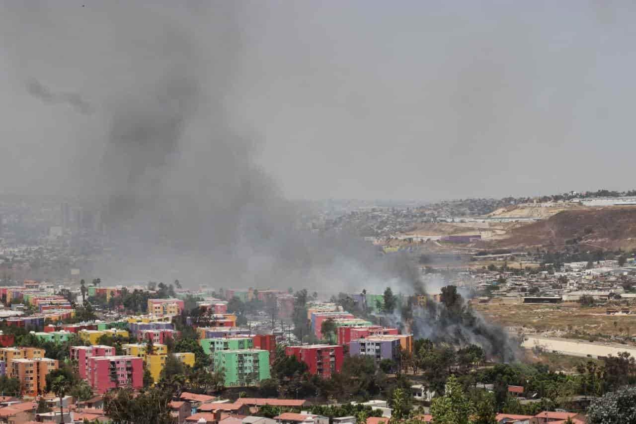 Incendios en Tijuana por condición Santa Ana