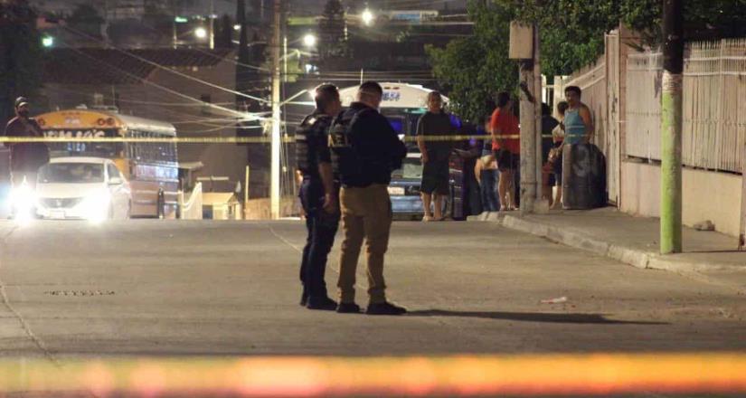 Se registra doble homicidio frente a un domicilio