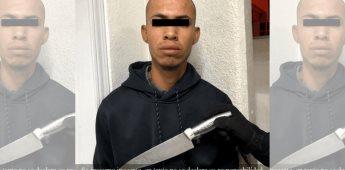 """Detienen a sujeto en la colonia Mirador, portaba un """"pavoroso"""" cuchillo"""