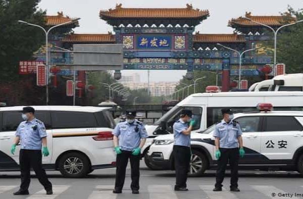 Pekín cierra mercados, colegios y universidades por miedo a la segunda ola de la pandemia
