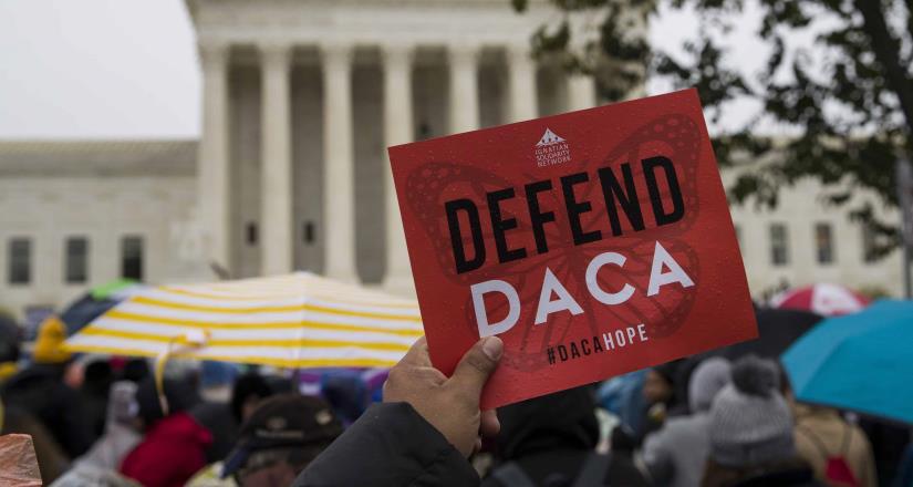 Supremo de EE.UU continúa con el programa DACA, el cual beneficia a los jóvenes soñadores