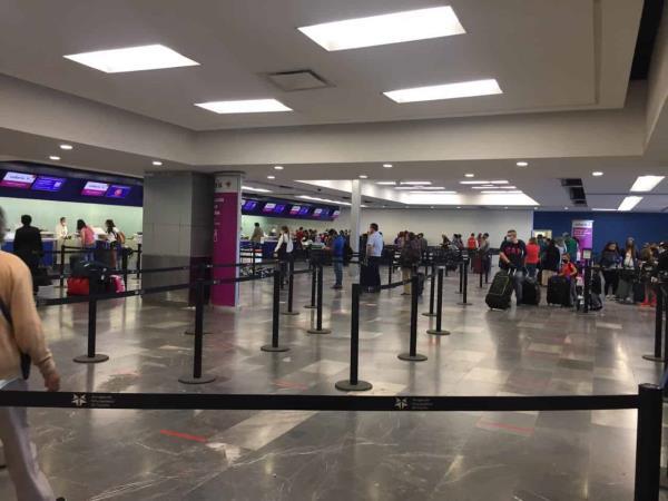 Aeropuerto de Tijuana reanuda operaciones