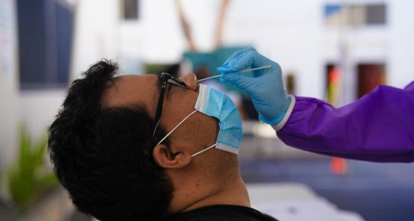 Aplican más de 10,000 pruebas diarias de Covid 19 en San Diego