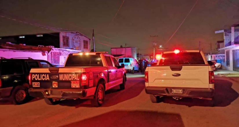 Atacan con arma de fuego a dos personas fuera de un centro de rehabilitación