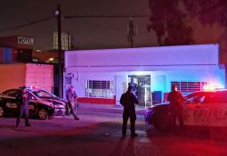 Asesinan a hombre fuera del Motel López en Zona Norte