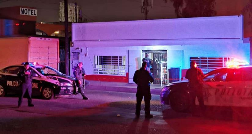 Se registra doble homicidio dentro de una tienda abarrotes