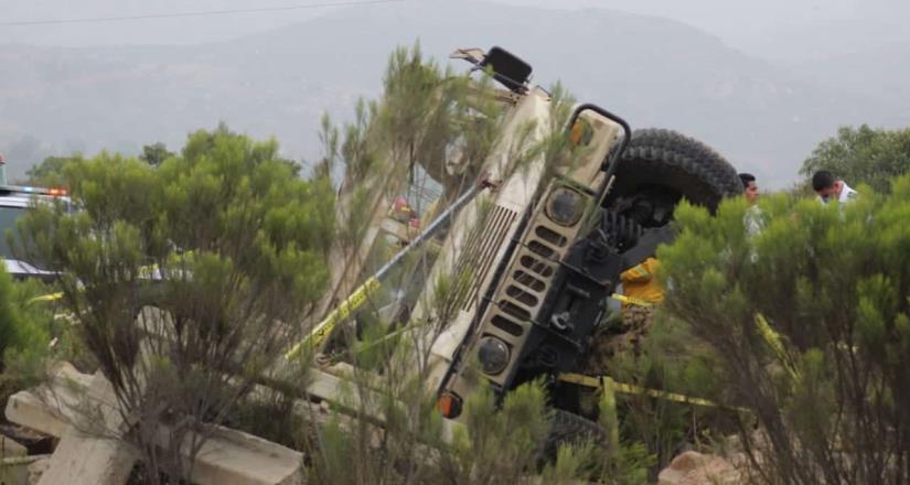 Confirman 6  militares muertos tras accidente vehicular en Boulevard 2000