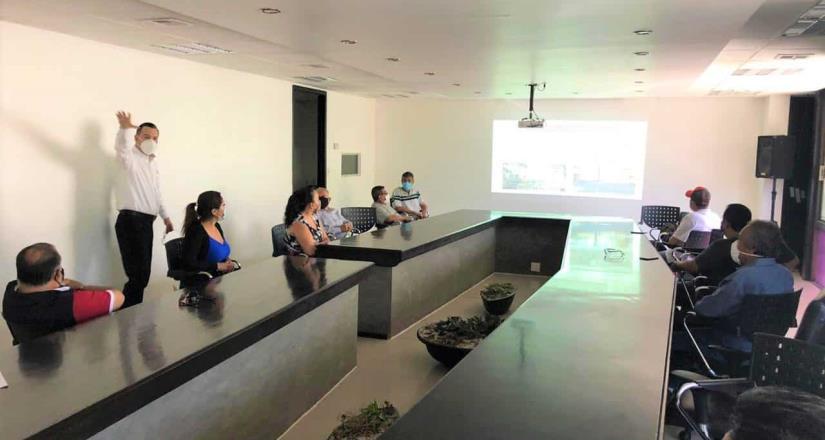 Busca Resolver Problema de Tenencia en Predios de Vías del Ferrocarril: Javier Castañeda