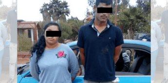 """Cae pareja con """"cristal"""" y un arma en San Quintín"""