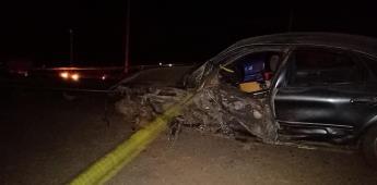 Un muerto y cinco lesionados al chocar en Camalú