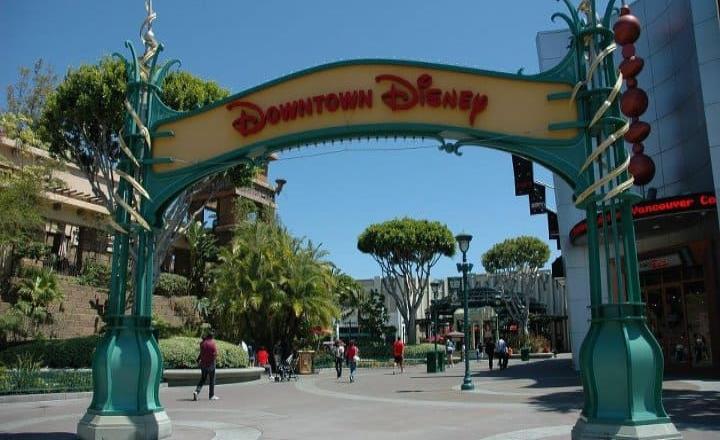Hoy es la reapertura de Downtown Disney District en Anaheim, CA