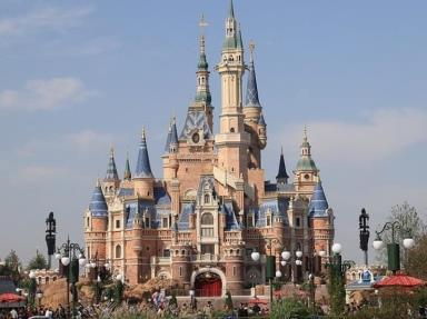 Disneyland cierra sus puertas nuevamente en Hong Kong por rebrote