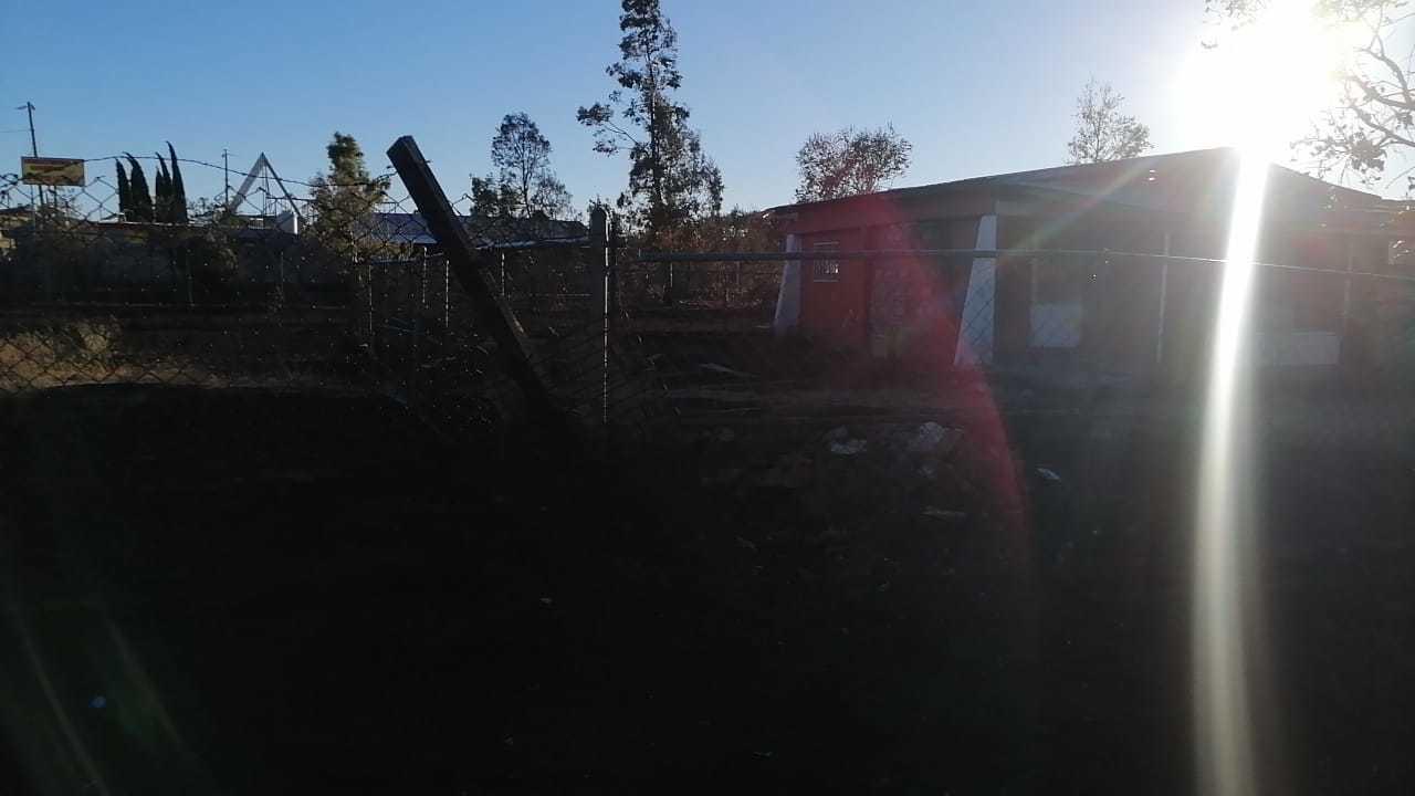 Casa habitación convertida en escombros por voraz incendio