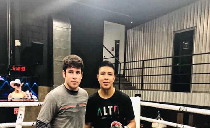 Define MR Boxing pelea estelar