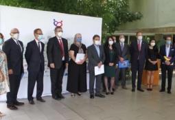 México podrá comprar vacunas contra Covid con precios negociados