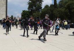 Feministas protestan en el Zócalo por el aborto legal