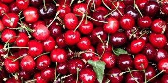 ¿Calor? Mantente hidratado con cerezas