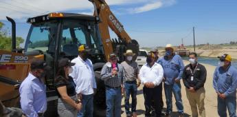 Entrega Conagua maquinaria para conservación de infraestructura hidroagrícola