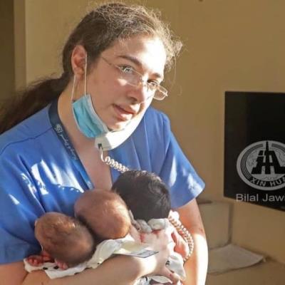 HEROÍNA: Enfermera salva la vida de tres bebés en la explosión de Beirut