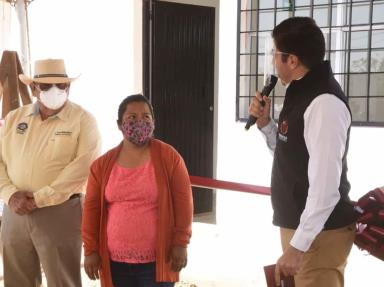 Inaugura Ayala un comedor en preescolar de San Quintín