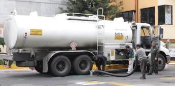 Falta de gasolina y de personal policiaco, podrían parar labores