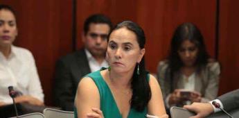 Senadora Nancy Sánchez ante grupo 21 de Tecate