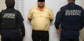 Arrestan a taxista por portación de arma
