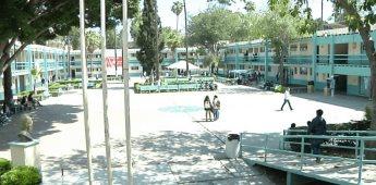 Inician clases a distancia en la preparatoria Lázaro Cárdenas