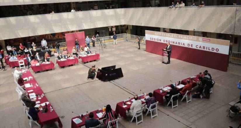Cabildo aprueba licencia para separarse del cargo al presidente municipal Arturo González