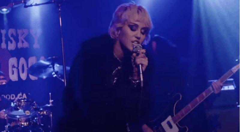 Miley Cyrus impacta con el cover de Zombie