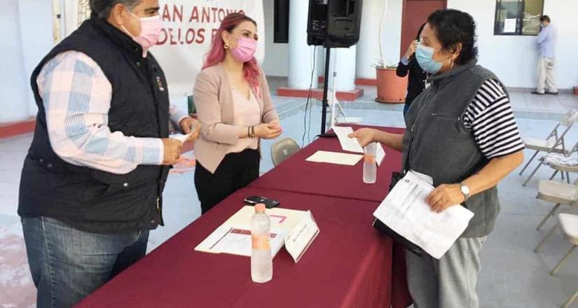 Otorga Ayuntamiento apoyo económico a madres solteras de San Antonio de los Buenos