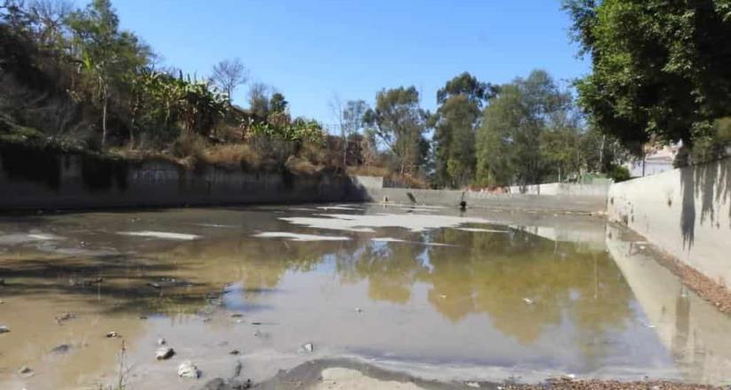 Continúa ayuntamiento limpieza de los 29 tanques desarenadores en las nueve delegaciones