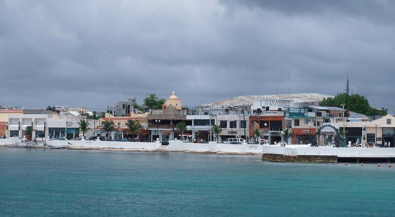 Se alerta de la llegada de la tormenta tropical Zeta en Quintana Roo