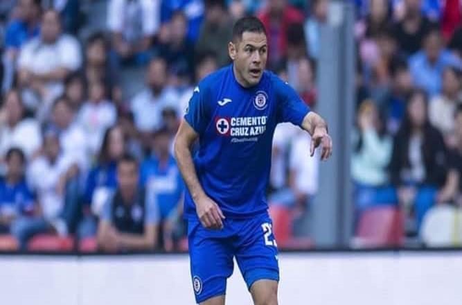 Pablo Aguilar regresa a la titularidad tras superar lesión