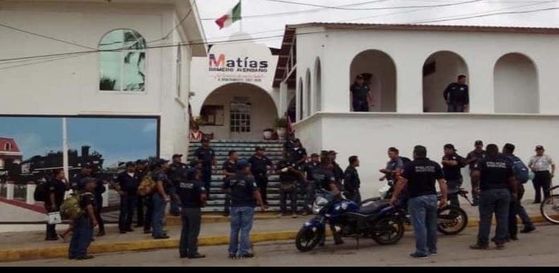 Grupo armado libera a detenido por asesinato de mujer en Oaxaca