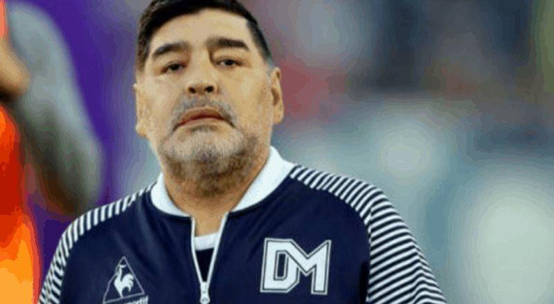 Diego Armando Maradona fue internado en Argentina