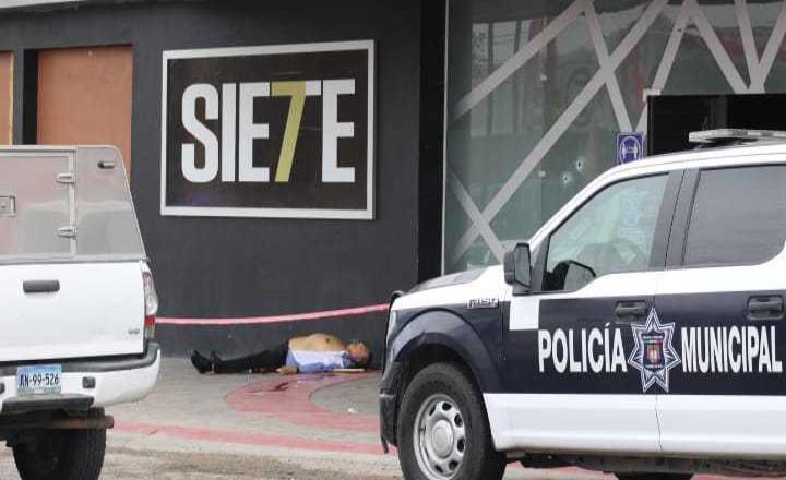 Asesinan a hombre frente al bar 7 copas