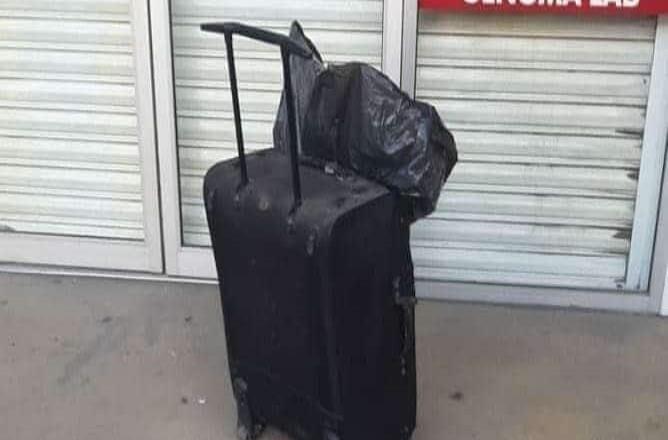 Hallan restos humanos en maleta dentro de Plaza 5 y 10