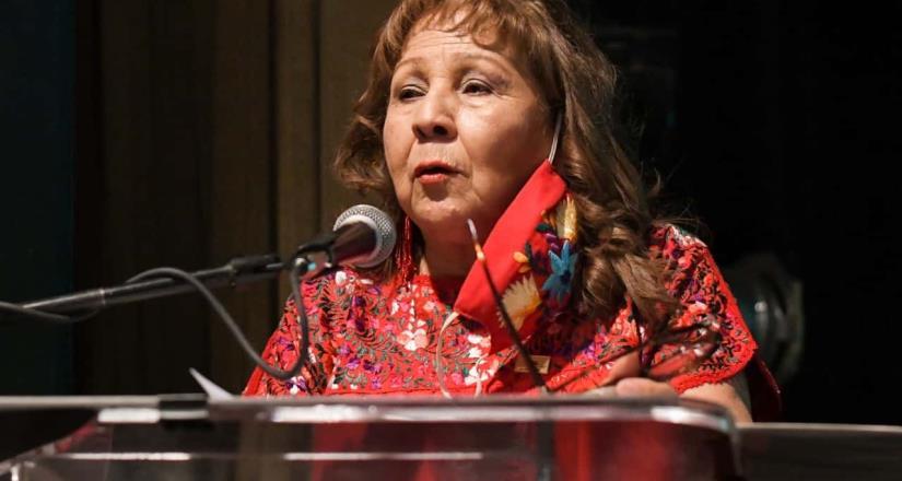 Cleotilde Molina López rindió su Primer Informe de Actividades en la Casa de la Cultura